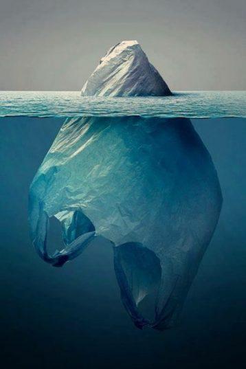 fare valutazioni superficiali è come guardare la punta di un iceberg